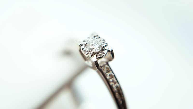 regalare un diamante